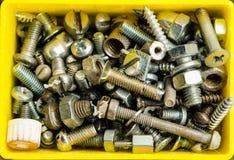 充分装箱老螺栓、另外情况和大小 免版税库存图片