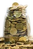 充分玻璃瓶子二十枚欧洲硬币 免版税库存图片