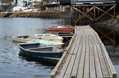 充气救生艇小船在Ogunquit缅因 免版税库存图片