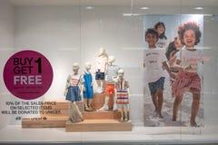 兆bangna的,曼谷,泰国, 2018年4月10日H&M商店 库存照片