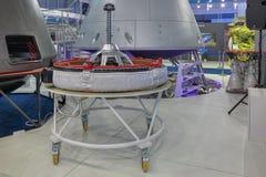 先进的运输太空飞船活跃相接装配  库存照片