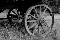先驱马车车轮 免版税图库摄影