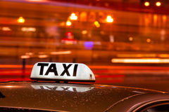 光亮的出租汽车 库存图片
