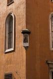 光和阴影001的角落的圣洁老板 库存图片