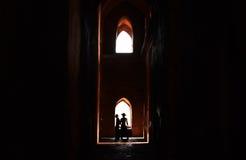 光和黑暗在Bagan 库存图片