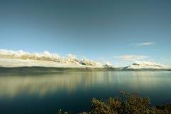 光彩的湖 免版税库存图片