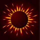 光明亮的闪光在黑暗中 太阳的光芒 免版税库存图片