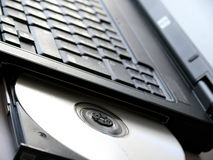光盘驱动器笔记本 库存图片