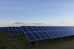 光致电压的模块背景可再造能源的 库存照片