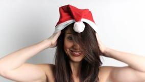 克劳斯帽子圣诞老人佩带的妇女 股票录像