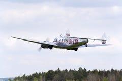 洛克希德Electra 10A葡萄酒飞机飞行 免版税库存照片