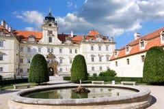巴洛克式的城堡Valtice (联合国科教文组织),捷克共和国 图库摄影