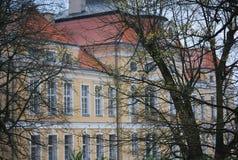 巴洛克式的宫殿正面图在Rogalin,波兰 图库摄影