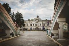 克拉古耶瓦茨,塞尔维亚- 2016年7月18日:Stara Livnica博物馆,在老工厂附近位于克拉古耶瓦茨,塞尔维亚 美妙的大厦 免版税库存照片