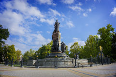 克拉斯诺达尔,俄罗斯- 9月30 :对叶卡捷琳娜二世的纪念碑II 2016年9月24日 库存照片