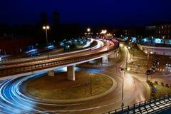 克拉科夫市街道夜光场面 库存照片
