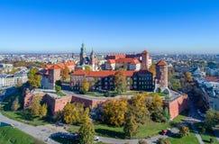 克拉科夫波兰 Wawel小山、大教堂和城堡 免版税图库摄影