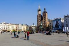 克拉科夫集市广场的圣玛丽的教会  库存图片