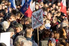克拉科夫,大广场-民主的保护的委员会的示范 库存照片