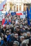克拉科夫,大广场-民主的保护的委员会的示范 免版税图库摄影