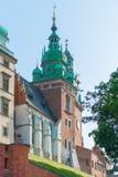 克拉科夫,波兰- 2017年8月11日:Wawel城堡的塔在K的 免版税图库摄影