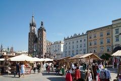 克拉科夫, POLAND/EUROPE - 9月19日:主要集市广场在Kra 库存图片