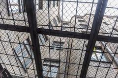 克格勃监狱院子里加 免版税库存照片