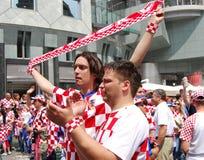 克罗地亚人扇动橄榄球足球小组 库存照片