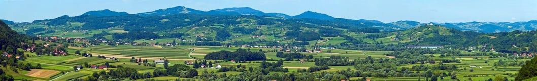 克罗地亚人Zagorje风景全景 免版税图库摄影