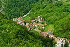 克罗地亚小的村庄 免版税库存图片