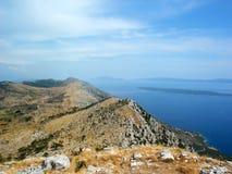 克罗地亚海岛海运视图 免版税图库摄影