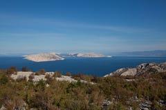 克罗地亚的美妙的亚得里亚海的海岸 免版税库存图片