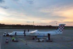 克罗地亚航空公司破折号Q400 9A-CQC 免版税图库摄影