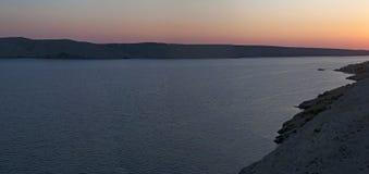 克罗地亚, Pag海岛,海湾, Pag,欧洲,日落,航行,自然,风景,地中海,夏天,在路的旅行海岛  库存照片