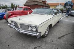 1964年克莱斯勒皇家冠小轿车 免版税库存图片