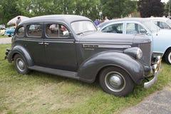 1938年克莱斯勒皇家汽车侧视图 免版税库存图片