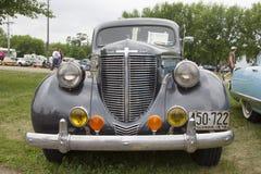1938年克莱斯勒皇家汽车关闭 图库摄影