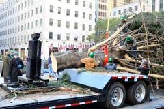 洛克菲勒中心圣诞树到来 图库摄影