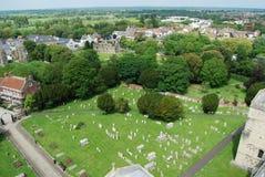克赖斯特切奇小修道院和镇 免版税库存图片