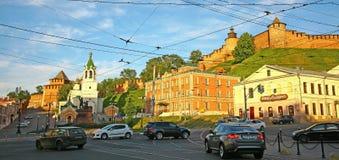 克里姆林宫下诺夫哥罗德在夏天晚上 免版税库存图片