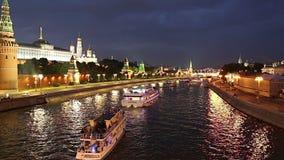克里姆林宫和莫斯科河,莫斯科,俄罗斯的看法--莫斯科普及的见解  股票视频