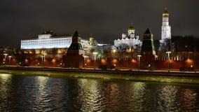克里姆林宫在冬天,莫斯科,俄罗斯惊人的夜视图  影视素材