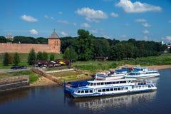 克里姆林宫在大诺夫哥罗德,俄罗斯,夏天 库存照片
