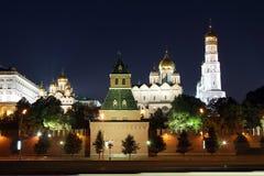 克里姆林宫在晚上。 莫斯科,俄国。 免版税库存图片