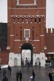 克里姆林宫在红场鸣响在莫斯科的中心, 2月 免版税库存图片