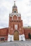 克里姆林宫莫斯科晚上红色spasskaya正方形塔 免版税图库摄影