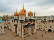 克里姆林宫莫斯科 大教堂dormition著名遗产题写了基辅lavra列表修道院pechersk科教文组织世界 彩色照片 免版税库存照片