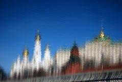 克里姆林宫莫斯科 彩色照片 抽象反映水 库存照片