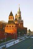 克里姆林宫莫斯科 Spasskaya尖沙咀钟楼 彩色照片 免版税库存图片