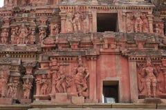 克里希纳寺庙,亨比的大门塔雕塑 免版税库存图片